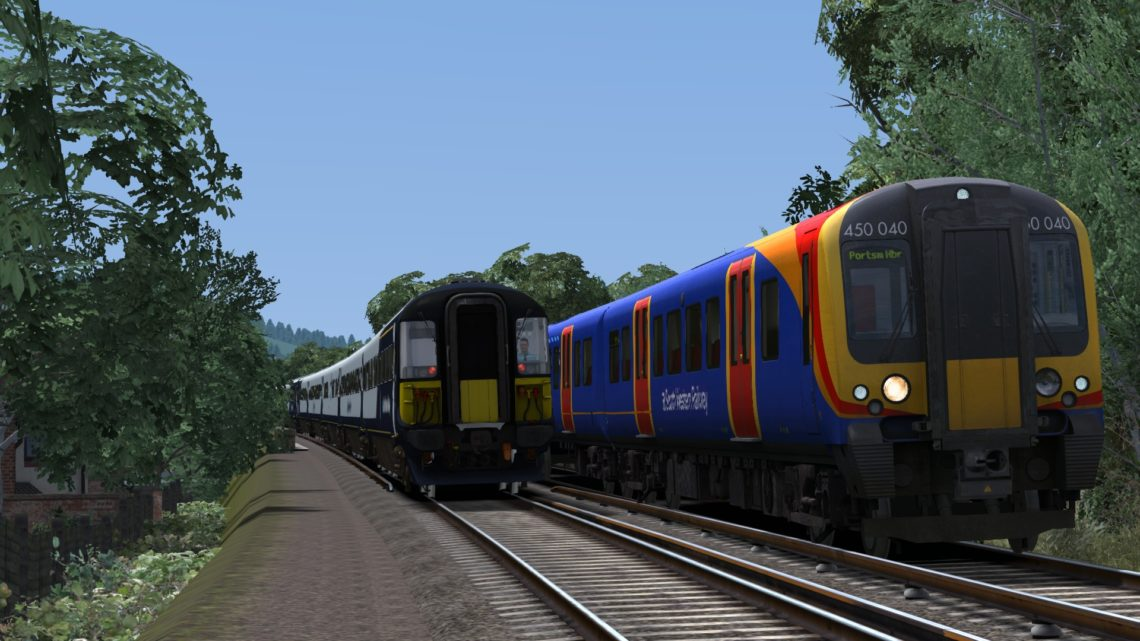 1P40 12:15 Portsmouth Harbour-London Waterloo via Guildford (class 450)