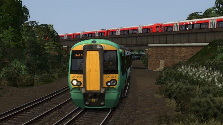 2K46 17:06 London Victoria to West Croydon