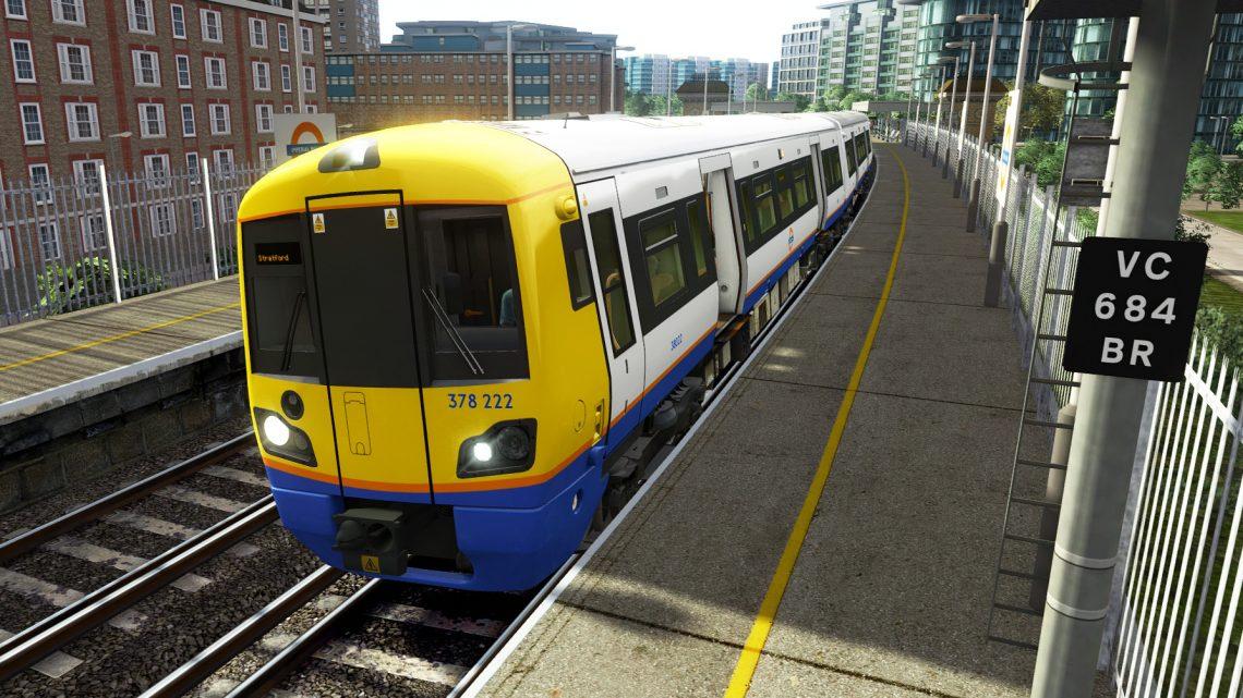 2L17 0736 Clapham Junction to Stratford (London)