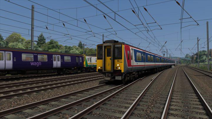 2J82: 0918 Hertford North to London Kings Cross (2002)