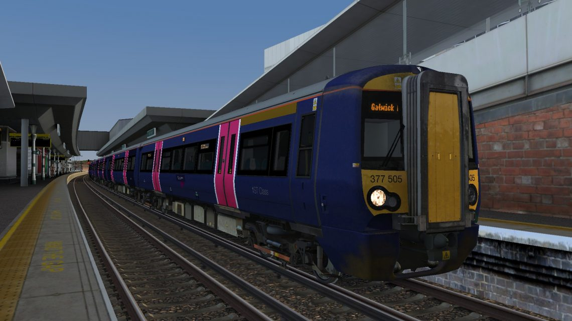 9R03 0633 Bedford to Gatwick Airport