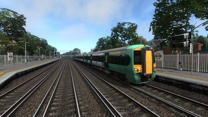 2T26 1142 Coulsdon Town to London Bridge