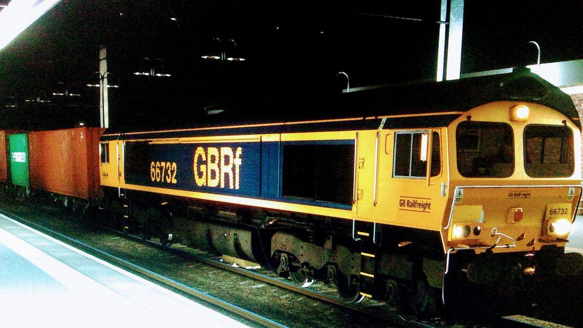 (RP) 4M04 Felixstowe South GBRF to Hams Hall GBRF (04/11/2020)