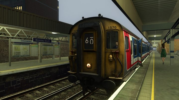 [BT] Class 411 – 2D16 0649 Bromley South to London Victoria