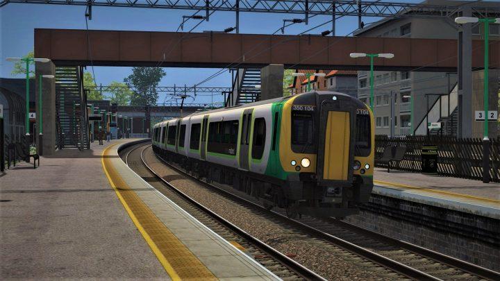 1Y21 10:13 London Euston to Birmingham New Street